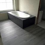 Badewanne oval eingemauert und eingefliest