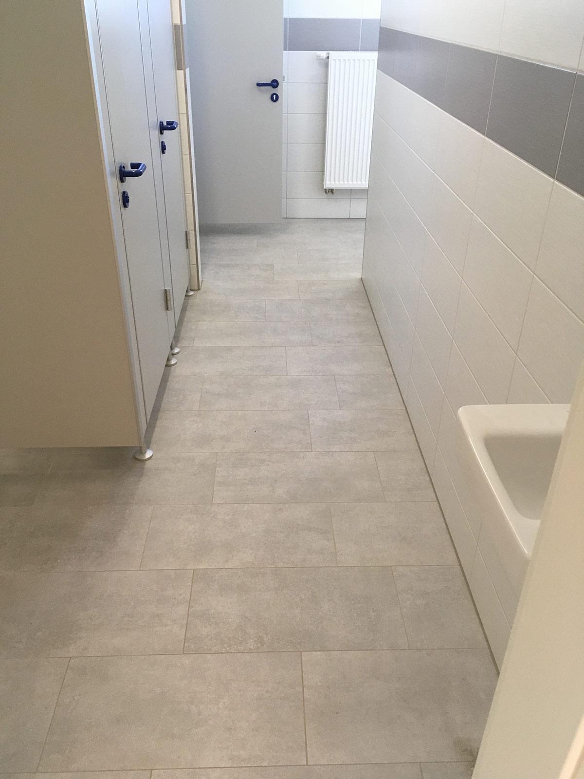 Erneuerung von WC- und Duschanlagen